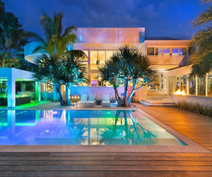 Key-biscayne-island-estate-showcases-inviting-design-m