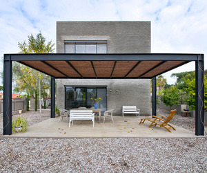 Kibuts House by Sharon Neuman Architects