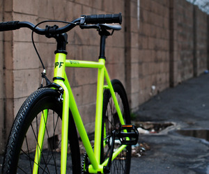 Kilo-glow-in-the-dark-bicycle-m