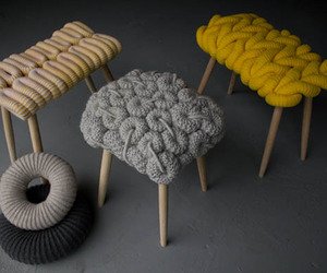 Knitted-stools-by-claire-anne-obrien-m