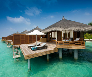 Kuramathi-island-resort-in-the-maldives-updated-3-m