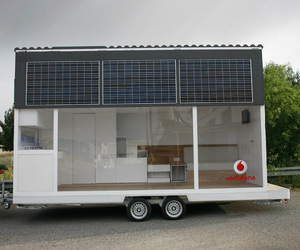La-casa-movil-vodafone-mobile-solar-home-m