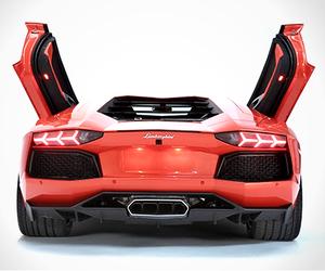 Lamborghini-aventador-lp700-4-m