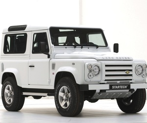 Land-rover-defender-yachting-edition-m