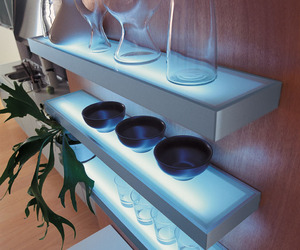Led-lit-custom-glass-shelves-m
