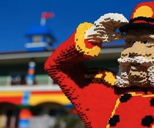 Lego-hotel-in-california-m