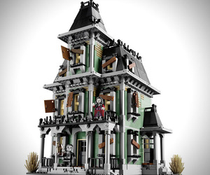 Lego-monster-fighters-haunted-house-m