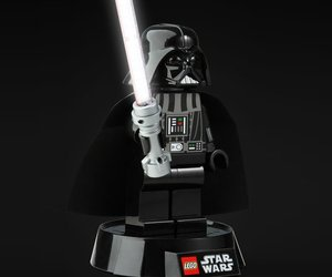 Lego-star-wars-darth-vader-desk-lamp-m