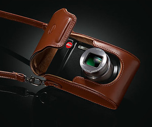 Leica-v-lux-30-m