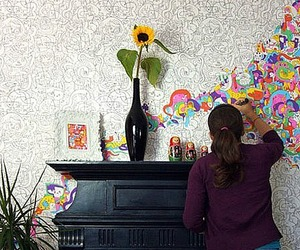 Lets-color-on-the-walls-m