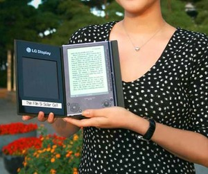 Lg-released-the-first-solar-powered-e-book-m