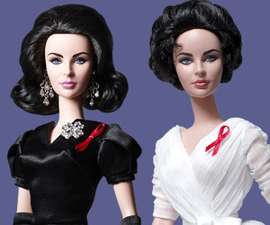 Limited-edition-elizabeth-taylor-barbie-dolls-m