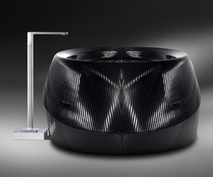 Limited-edition-luxury-tub-made-of-carbon-fiber-m