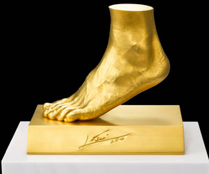 Lionel Messi Gold Foot by Ginza Tanaka