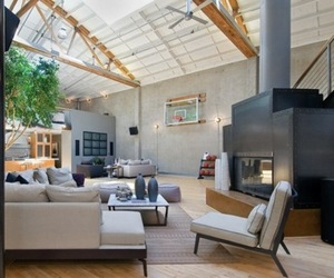Living-room-with-a-basketball-court-m