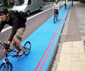 Londons-bike-lane-superhighways-proven-to-be-a-success-m
