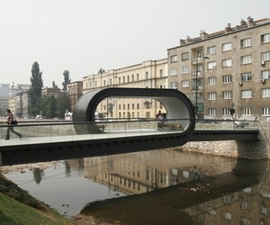 Loop-bridge-by-design-students-m