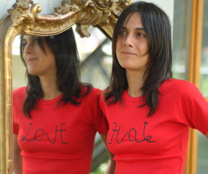 Love-hate-t-shirt-m
