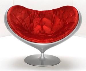 Love-seat-m