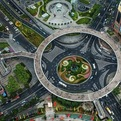 Lujiazui-pedestrian-bridge-in-china-s