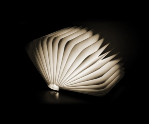Lumio-a-creative-book-lamp-m