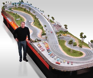 Luxury-custom-slot-car-raceways-m