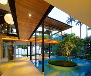 Luxury-fish-house-in-singapore-m