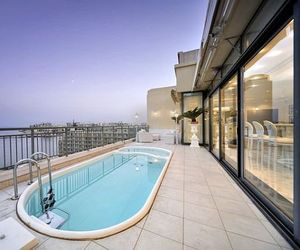Luxury Penthouse in Malta with Private Pool