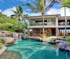 Luxury-property-on-beautiful-kailua-beach-m