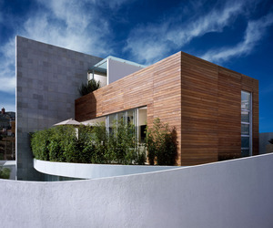 M-house-by-micheas-architectos-m