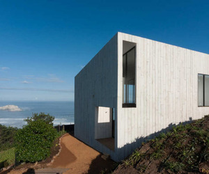 Magnificent-beach-house-in-chile-m