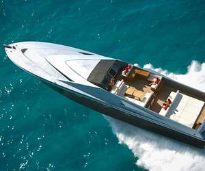 Magnum-marine-80-speedboat-by-pininfarina-m