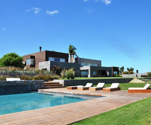 Majestic-property-overlooking-a-meadow-in-uruguay-2-m