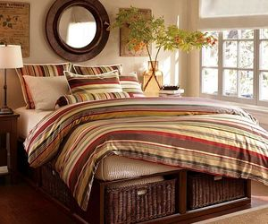 Making-your-bedroom-look-cool-with-stripes-m
