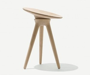 Maple-stool-m
