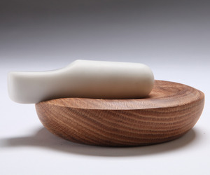 Marble-and-oak-mortar-and-pestle-m