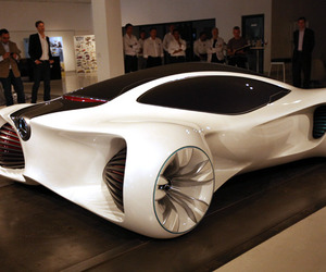 Mercedes-benzs-amazing-biome-vehicles-m