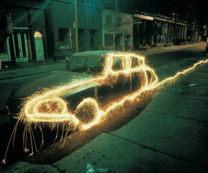 Mesmerizing Light Paintings of 1970s New York City