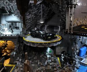 Mind-blowing-lego-batcave-m