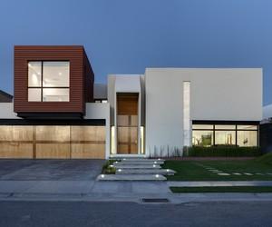 Minimalist-cubo-house-m