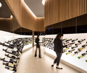 Mistral Wine and Champagne Bar by Studio Arthur Casas