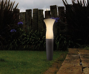 Moai-outdoor-light-m