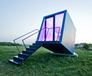Mobile-hotel-room-can-reinvent-the-accommodation-industry-m