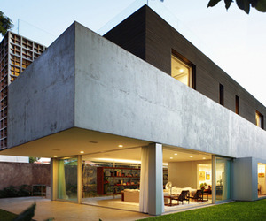Modern-and-functional-sao-paulo-escape-m