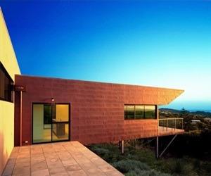 Modern-australian-beach-house-m