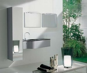 Modern-bathroom-of-klass-collection-from-novello-m