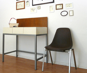 Modern-dressing-table-m