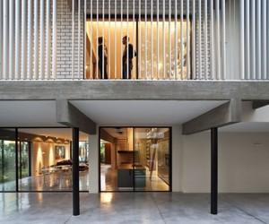 Modern-home-by-pitsou-kedem-architects-m