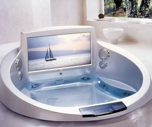 Modern-hot-tubs-an-affordable-luxury-m