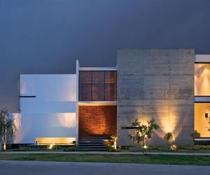 Modern House X by Agraz Arquitectos